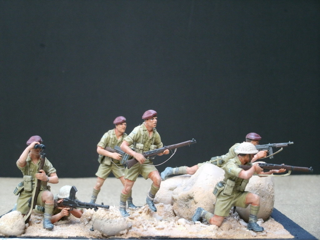 Model kit reviews how to scale modeling and scale modeling products - German Cossack British 8th Army Russian Snipers Us