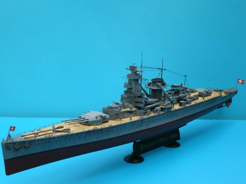 Admiral graf spee, academy 14104 (2009).